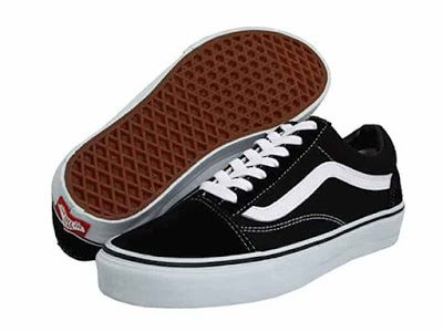 vans-old-skool-skate-shoe-4987764